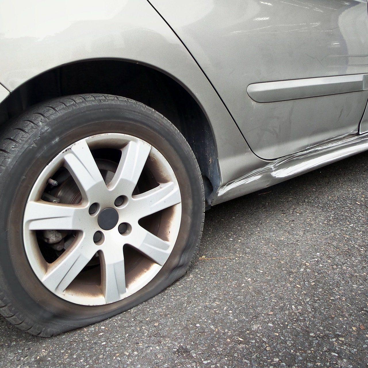 Reparation de pneu crevé - remorquage mirabel